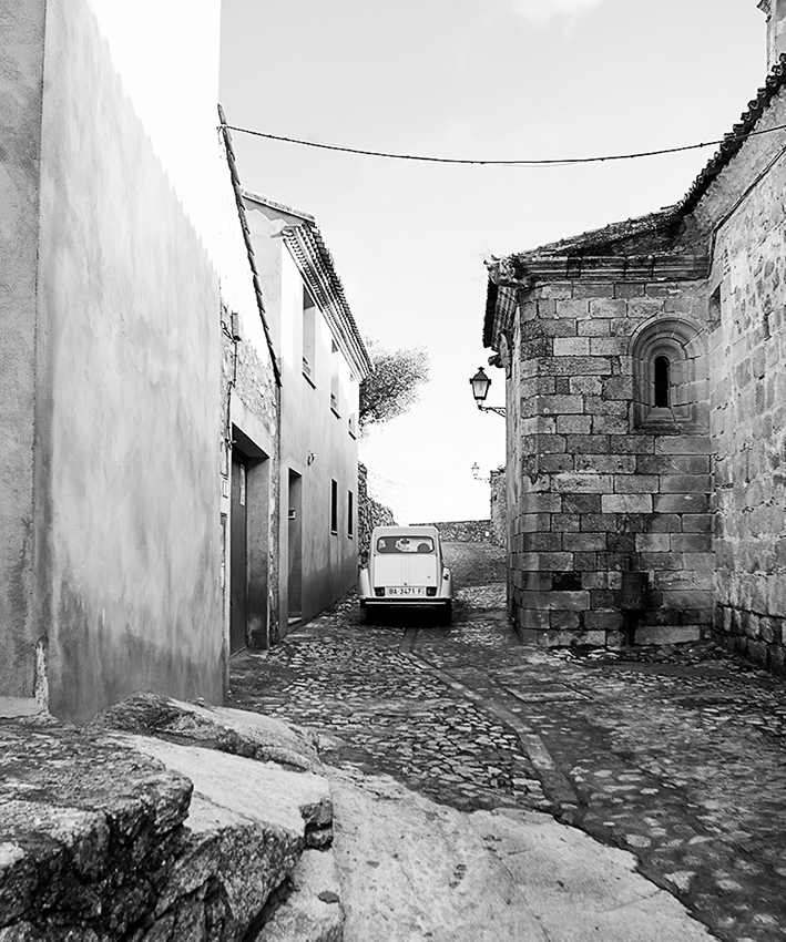 Ioannis-Stamou-Street-10