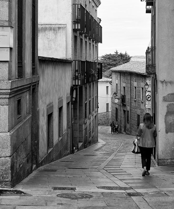 Ioannis-Stamou-Street-4