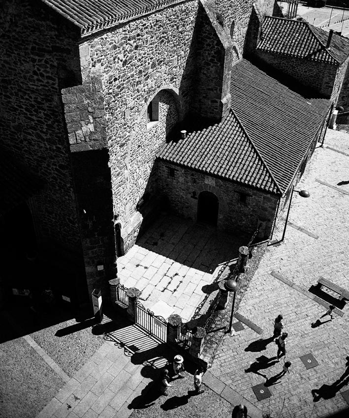 Ioannis-Stamou-Street-9